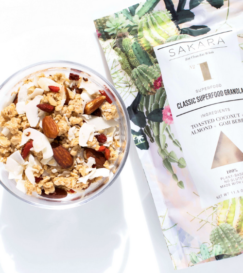 sakara granola breakfast