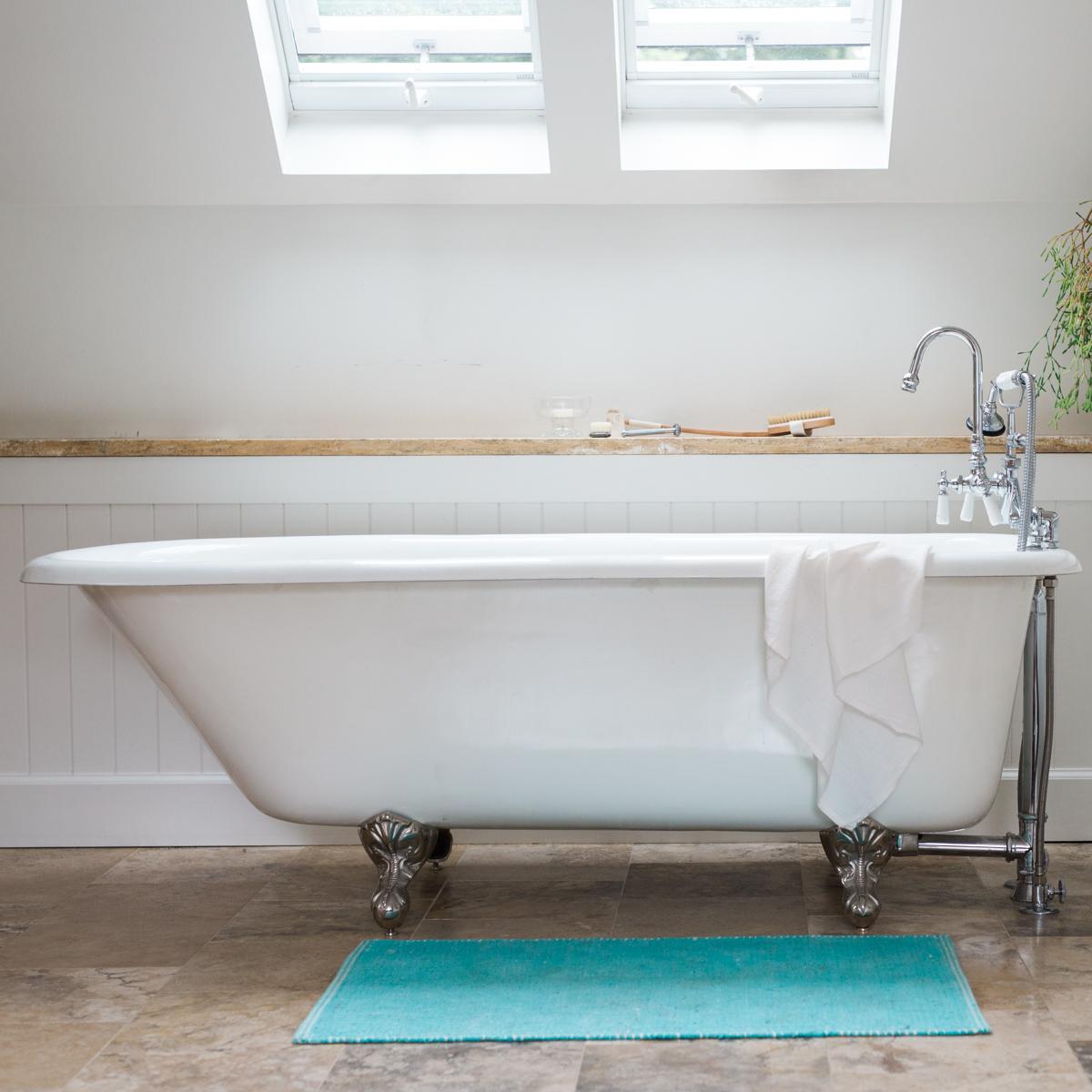 bathtub guide