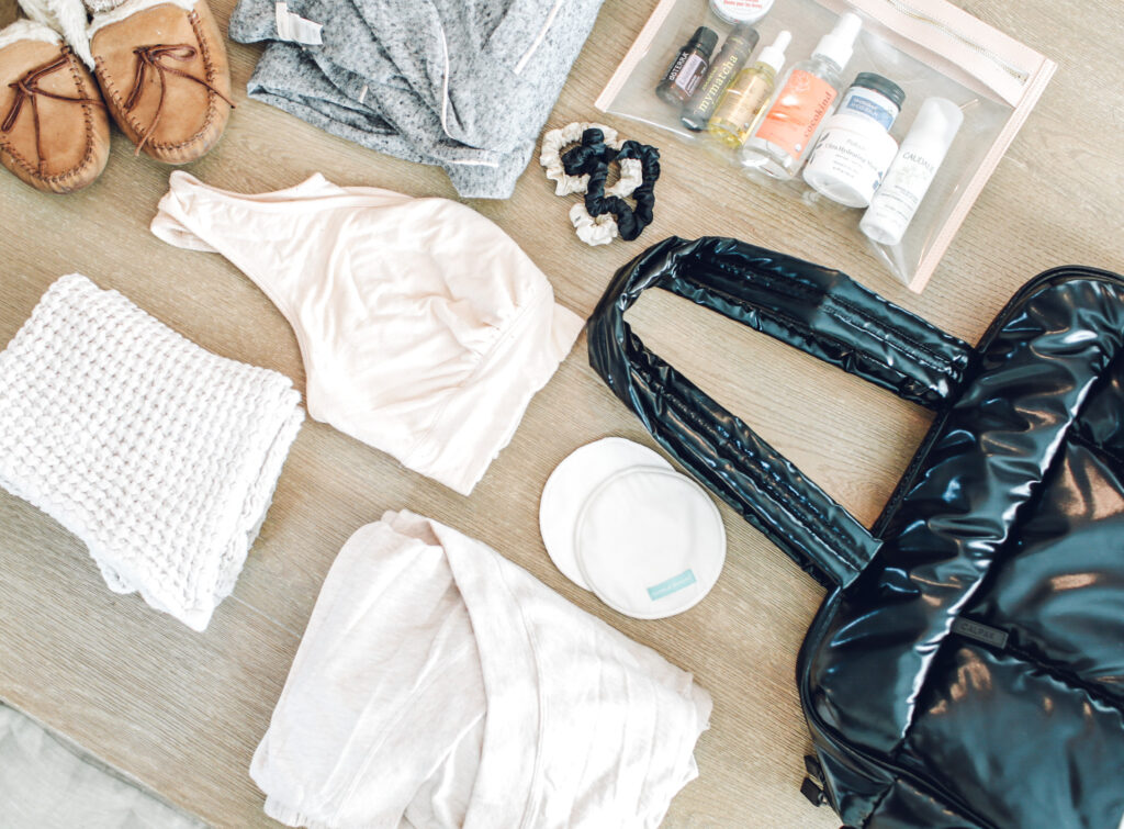hospital bag must-haves for mom